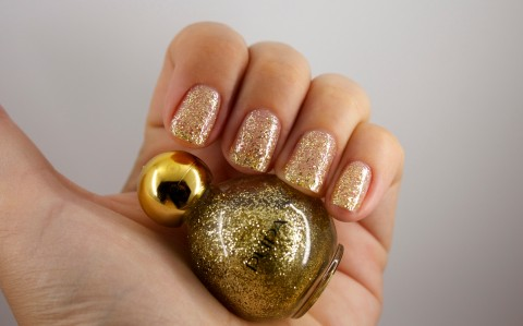 LIGHT UP THE NIGHT Glitter Nail Polish